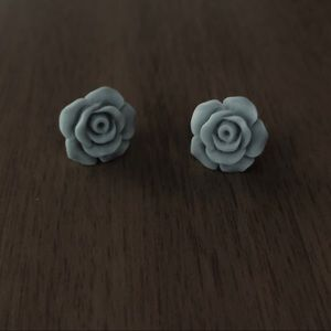 Titanium Post Rose Earrings matte Style1 Blue Gray